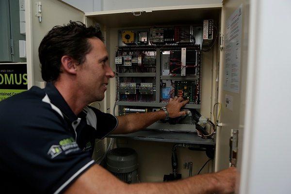 Lift-Servicing-and-Lift-Maintenance